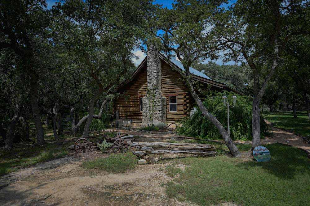 Cabin in the Oaks