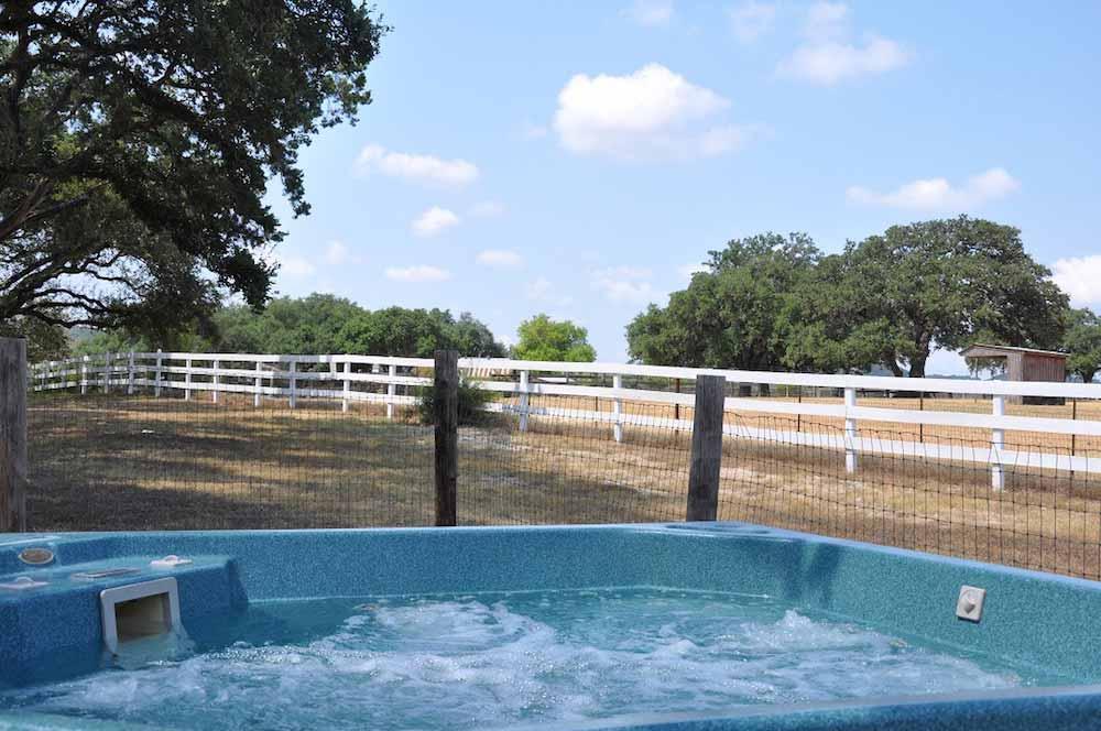 Cedar Creek Horse Creek 6 Texas Hill Country Reservations