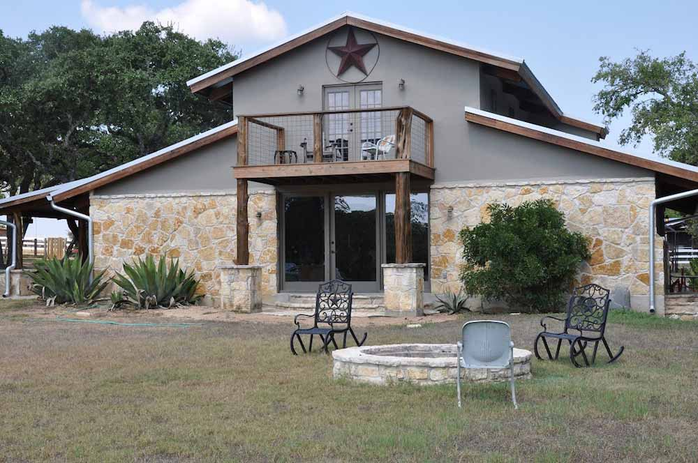 Cedar Creek Lodge 22 Texas Hill Country Reservations