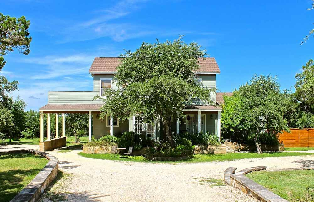 Nutty-Brown-Manor-1 | Texas Hill Country Reservations