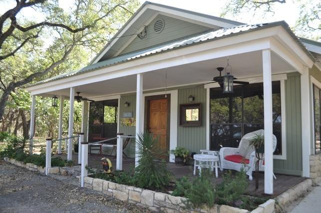 Mystic Hills Hilltop Cottage