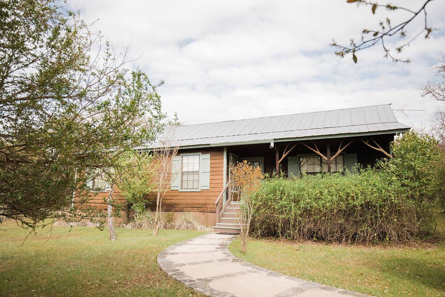 Red Corral Ranch Meadows Cabin Texas Hill Country